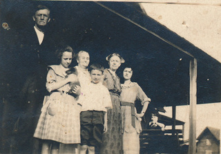 Lillie Humphries, her children, &older couple